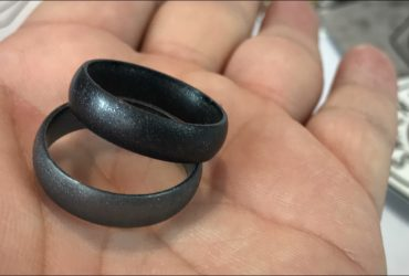Tips on Booking a Silicone Wedding Band for Your Wedding Reception